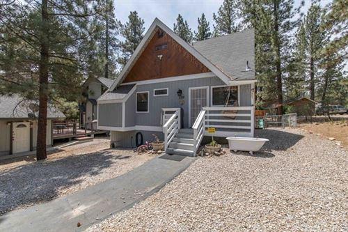 Photo of 1136 Sugarloaf Blvd, Big Bear, CA 92314 (MLS # IV21130490)