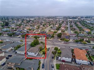 Tiny photo for 7132 Heil Avenue, Huntington Beach, CA 92647 (MLS # OC19183490)