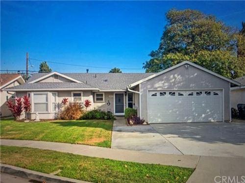 Photo of 14572 Yucca Circle, Huntington Beach, CA 92647 (MLS # OC21010490)