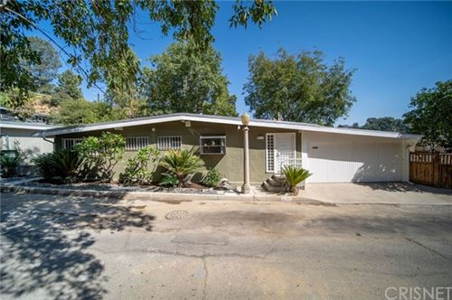 Photo of 3108 Durand Drive, Hollywood Hills, CA 90068 (MLS # SR20213490)
