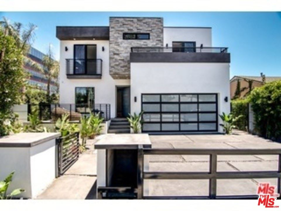Photo of 10700 CUSHDON Avenue, Los Angeles, CA 90064 (MLS # 20564490)