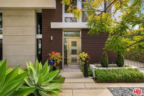 Photo of 216 S Canon Drive, Beverly Hills, CA 90212 (MLS # 21716492)