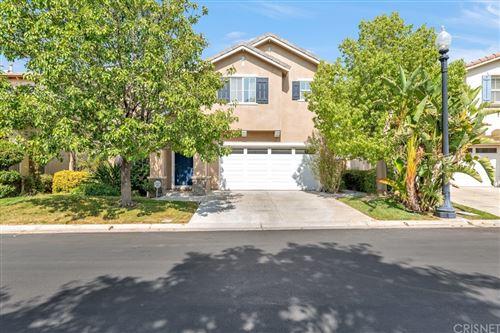 Photo of 27952 Agapanthus Lane, Valencia, CA 91354 (MLS # SR21140492)