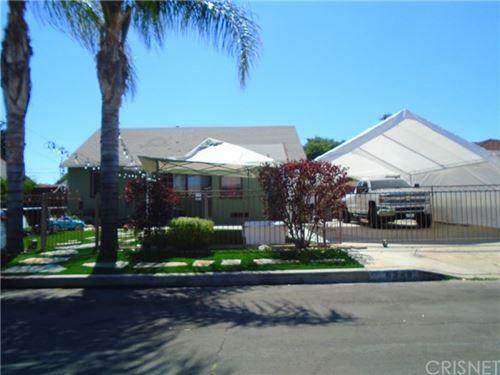 Photo of 6349 Peach Avenue, Van Nuys, CA 91411 (MLS # SR20153493)