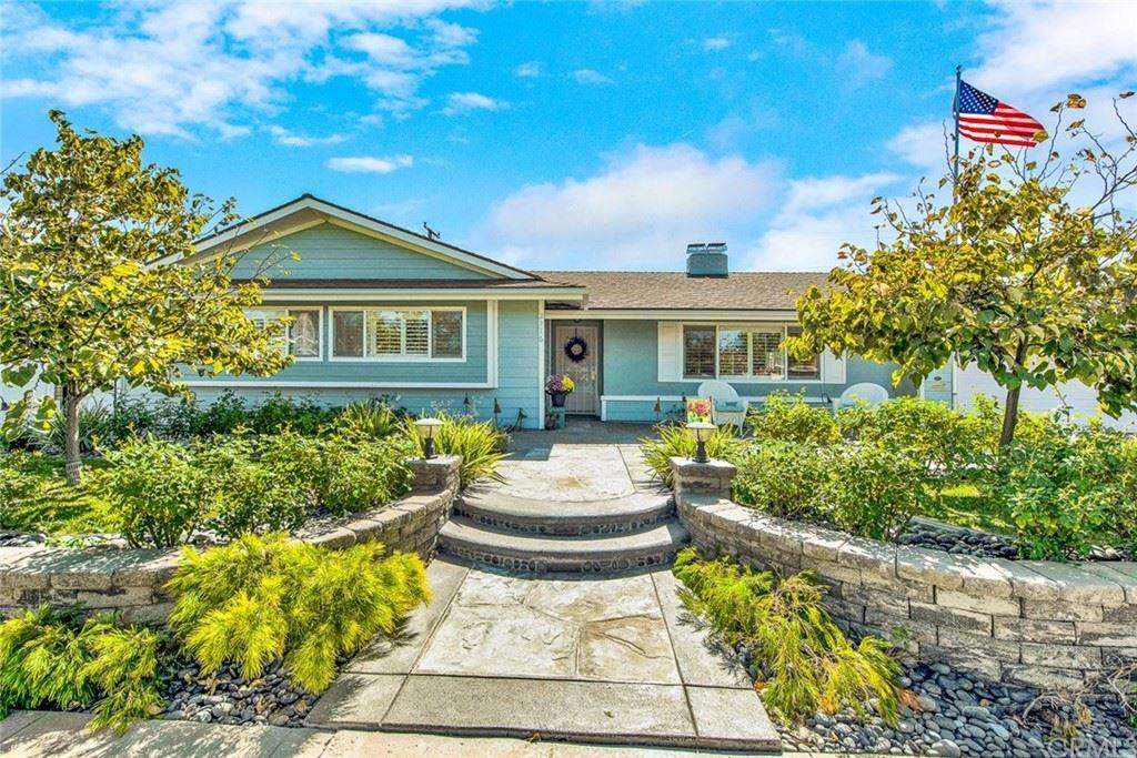 Photo of 2116 Villa Vista Way, Orange, CA 92867 (MLS # PW21228493)