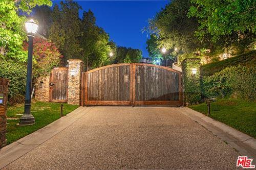 Photo of 3053 N Beverly Glen Circle, Los Angeles, CA 90077 (MLS # 20614494)