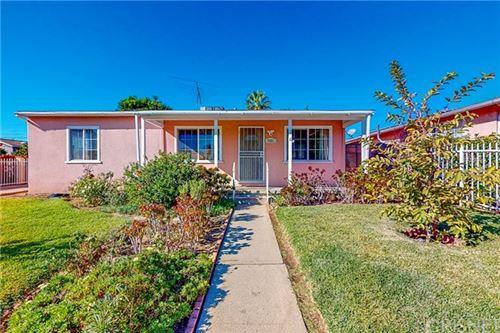 Photo of 8407 Murietta Avenue, Panorama City, CA 91402 (MLS # SR20243494)
