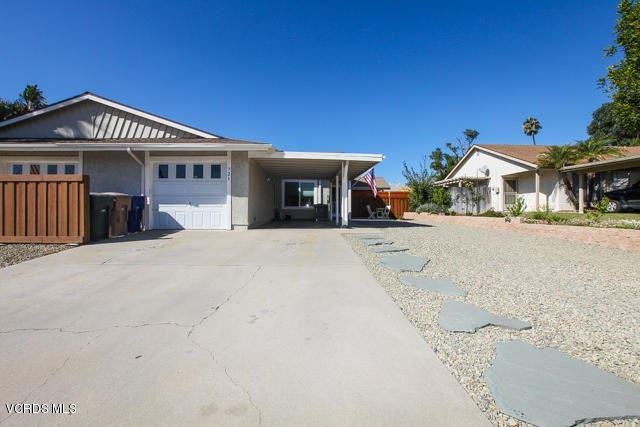 Photo of 721 Hunt Circle, Camarillo, CA 93012 (MLS # V1-3494)
