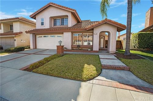 Photo of 17 Mejorana, Rancho Santa Margarita, CA 92688 (MLS # OC21045495)