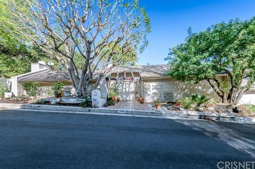 Photo of 3910 Sumac Drive, Sherman Oaks, CA 91403 (MLS # SR20226495)