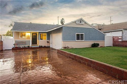 Photo of 13745 Dronfield Avenue, Sylmar, CA 91342 (MLS # SR21011495)
