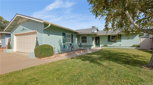 Photo of 8138 Kentland Avenue, West Hills, CA 91304 (MLS # SR21233495)
