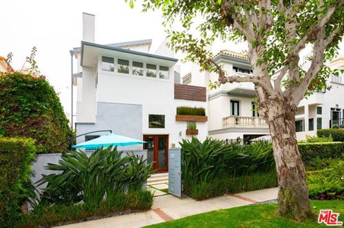 Photo of 130 Outrigger Mall, Venice, CA 90292 (MLS # 20652496)