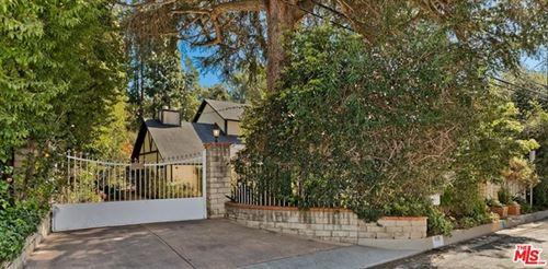 Photo of 1110 N Bundy Drive, Los Angeles, CA 90049 (MLS # 21698496)