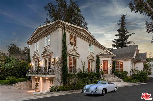 Photo of 525 S Westgate Avenue, Los Angeles, CA 90049 (MLS # 21733496)