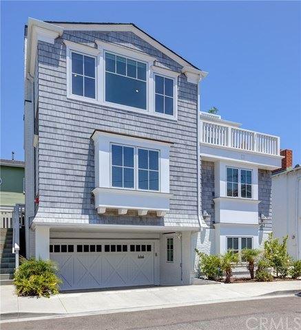 Photo of 542 Pine Street, Hermosa Beach, CA 90254 (MLS # SB20125496)