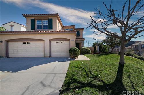 Photo of 25702 Hawthorne Place, Stevenson Ranch, CA 91381 (MLS # SR21008496)