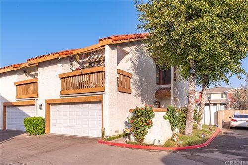Photo of 20901 Judah Lane, Newhall, CA 91321 (MLS # SR21160496)