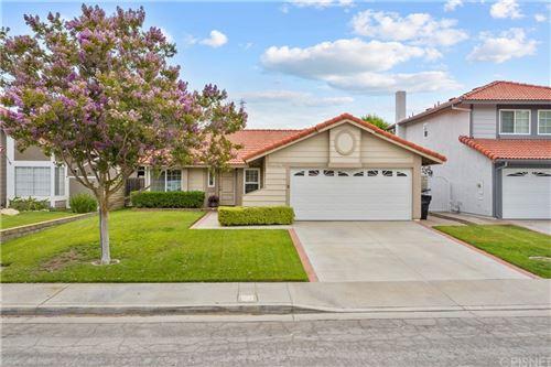 Photo of 28026 Sturbridge Drive, Castaic, CA 91384 (MLS # SR21164496)