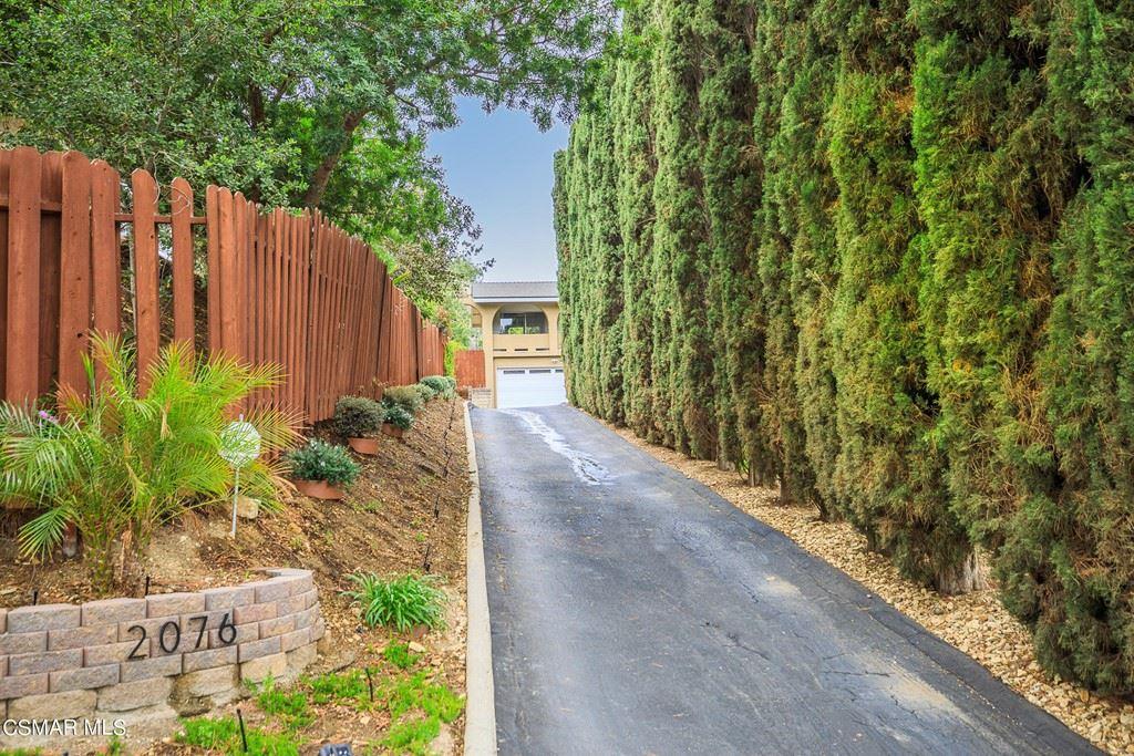 Photo of 2076 Sapra Street, Thousand Oaks, CA 91362 (MLS # 221002496)