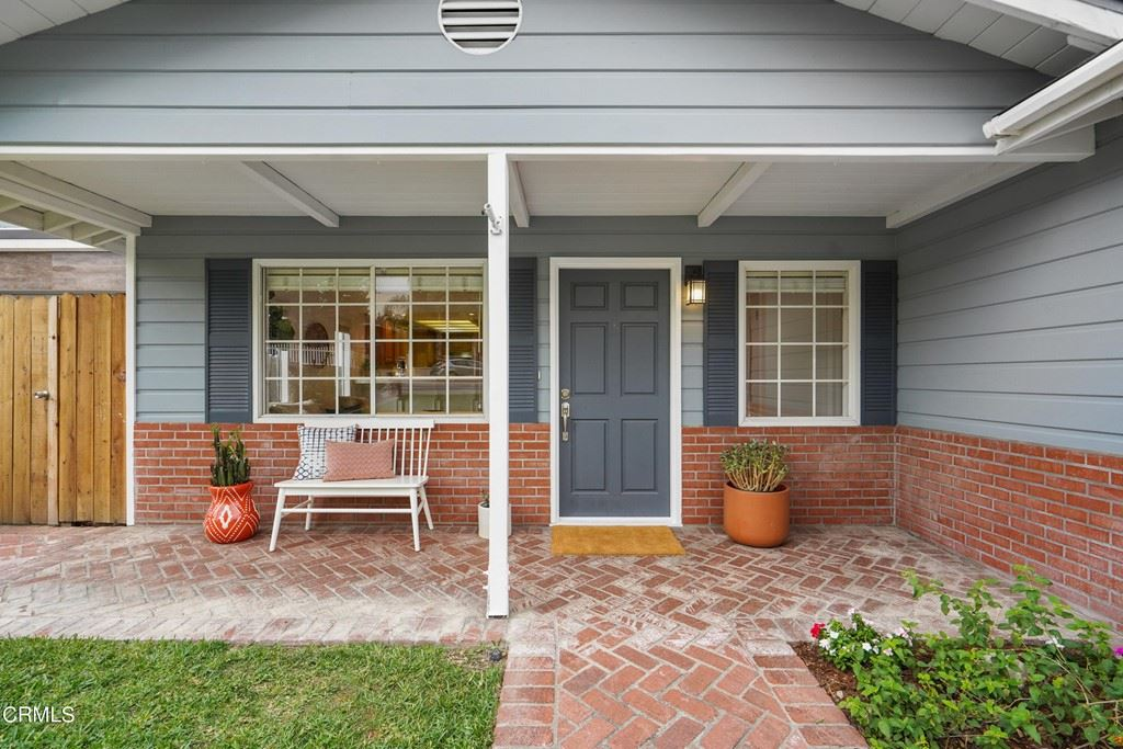 Photo of 2720 Mary Street, La Crescenta, CA 91214 (MLS # P1-6496)