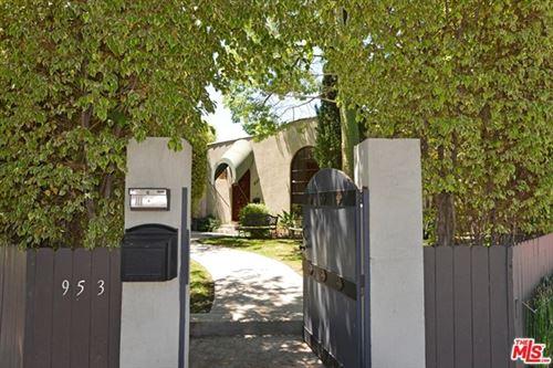 Photo of 953 N LAUREL Avenue, Los Angeles, CA 90046 (MLS # 20571498)