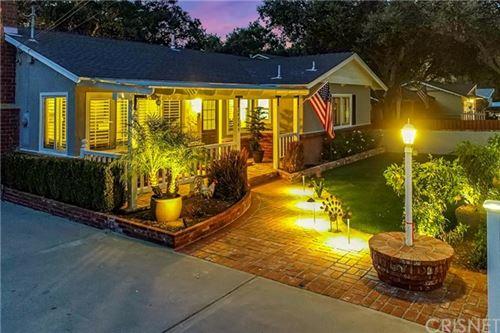 Photo of 24749 Golden Oak Lane, Newhall, CA 91321 (MLS # SR20241498)