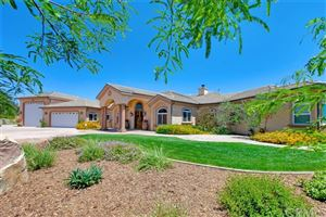 Photo of 39855 Kapalua Way, Temecula, CA 92592 (MLS # SW19115498)