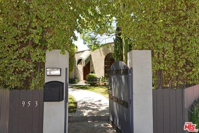 Photo for 953 N LAUREL Avenue, Los Angeles, CA 90046 (MLS # 20571498)