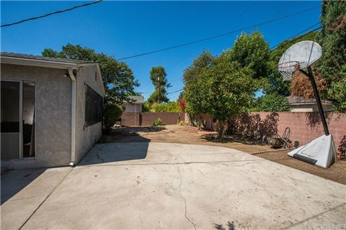 Tiny photo for 19143 Schoolcraft Street, Reseda, CA 91335 (MLS # SR21208499)