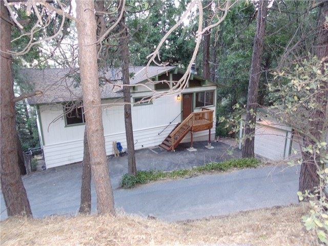 24514 ALBRUN CT., Crestline, CA 92325 - MLS#: EV20213499