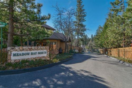 Photo of 27821 Peninsula Drive #305, Lake Arrowhead, CA 92352 (MLS # 219060434DA)