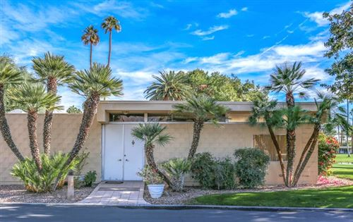 Photo of 42 Lakeview Drive, Palm Springs, CA 92264 (MLS # 19445394PS)