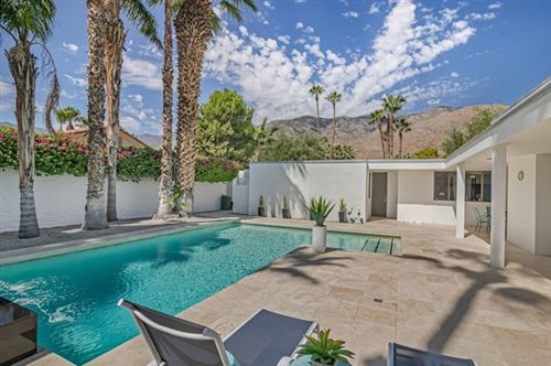 Photo of 2370 S Via Lazo, Palm Springs, CA 92264 (MLS # 219047764PS)
