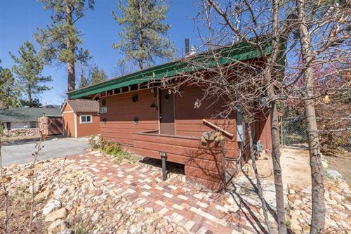 Photo of 687 Talmadge Road, Big Bear, CA 92315 (MLS # 219061684PS)