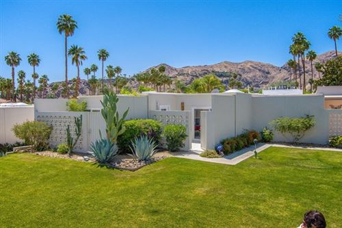 Photo of 1848 Sandcliff Road, Palm Springs, CA 92264 (MLS # 219061934PS)