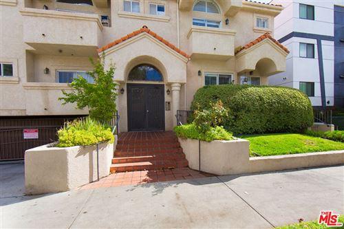 Photo of 7236 Amigo Avenue #102, Reseda, CA 91335 (MLS # 21796500)
