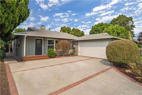 Photo of 6507 Gaviota Avenue, Lake Balboa, CA 91406 (MLS # SR20181500)