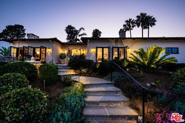 Photo of 3535 Malibu Country Drive, Malibu, CA 90265 (MLS # 20600500)