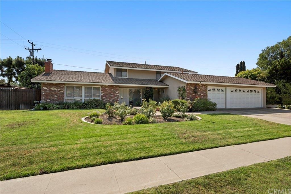 Photo of 13751 Holt Avenue, Tustin, CA 92705 (MLS # PW21157500)