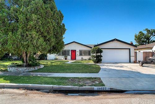 Photo of 13527 Phillippi Avenue, Sylmar, CA 91342 (MLS # SR20220501)
