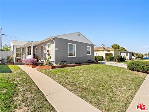 Photo of 8425 Lilienthal Avenue, Los Angeles, CA 90045 (MLS # 21699502)