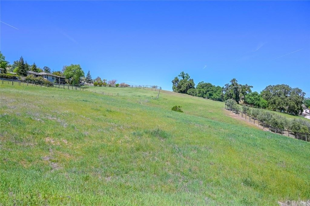 Photo of 9903 Flyrod Drive, Paso Robles, CA 93446 (MLS # PI21071502)