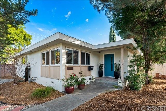 Photo for 4954 Topanga Canyon Boulevard, Woodland Hills, CA 91364 (MLS # SR21036503)