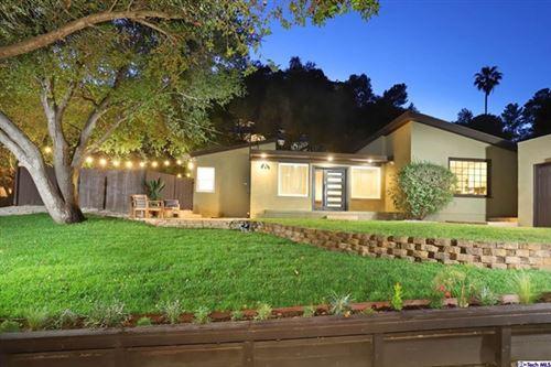 Photo of 2404 Gardner Place, Glendale, CA 91206 (MLS # 320006504)