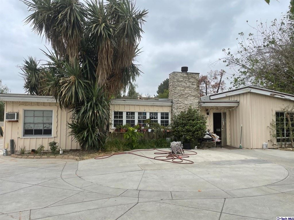 Photo for 8561 Orion Avenue, North Hills, CA 91343 (MLS # 320007505)