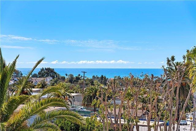 Photo of 113 E Avenida Junipero, San Clemente, CA 92672 (MLS # OC21036505)