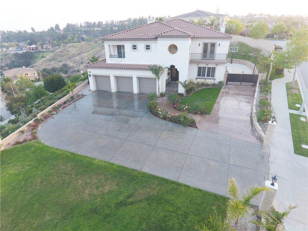 Photo of 18506 Oldenburg Lane, Granada Hills, CA 91344 (MLS # SR21079505)