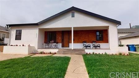 Photo of 5941 Encino Avenue, Encino, CA 91316 (MLS # SR21081507)