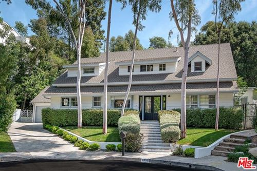Photo of 1030 KENFIELD Avenue, Los Angeles, CA 90049 (MLS # 20581508)